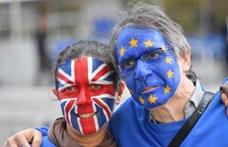 Brexit: Több mint egymillió aláírás gyűlt össze a kilépés leállítására
