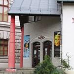 Kikapcsolták a fűtést a Bárka Színházban, a társulat nagy része is szétszéledt