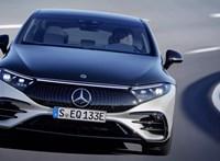 Íme a magyar kéz által rajzolt kombi Mercedes EQS luxus-villanyautó