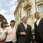 Egy német kerülhet Románia élére - és ez a magyaroktól függ