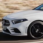 Egy év alatt két vadonatúj Mercedest is nyert ugyanattól a cégtől az ország legmázlistább embere