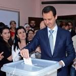 """""""Én a véremmel szavaztam"""" - elnökválasztás folyik Szíriában"""