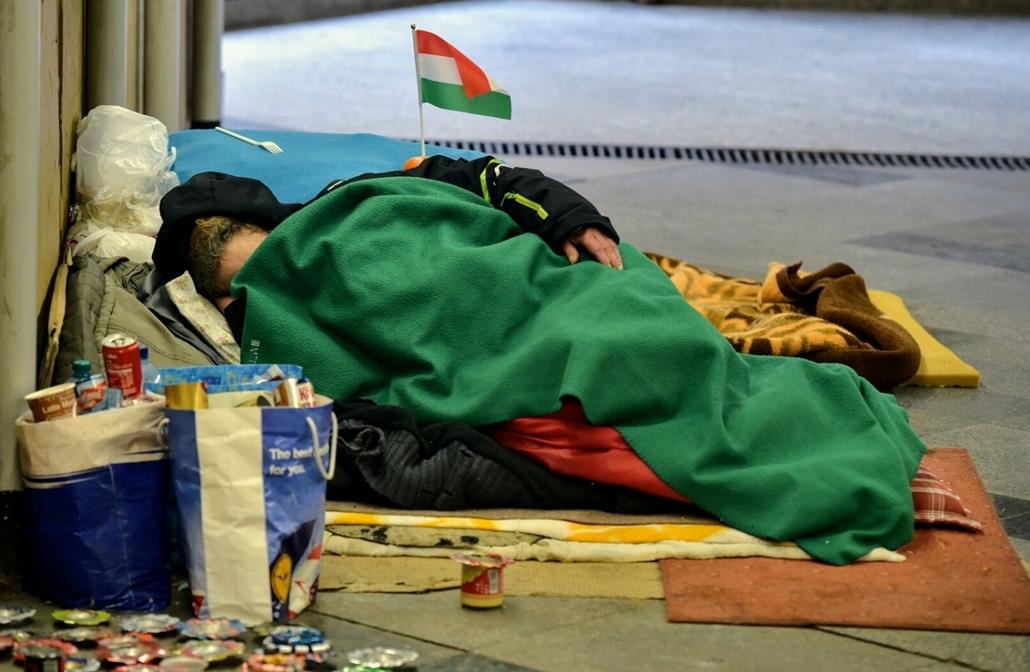 tg.17.03.15. hajléktalan az Astorián.  március15 , 17március15