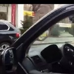 Habony és Vajna együtt kocsikázott a Tarsoly-tárgyalás környékén - videó