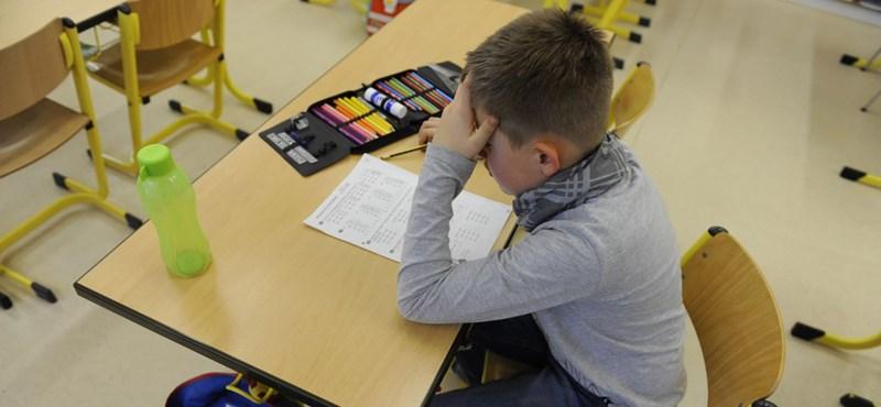 Nem feltétlenül sok tanulás és sok pénz kell a jó iskolai eredményekhez