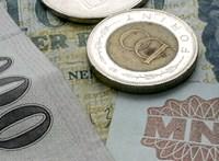 30 százalékos béremelést ígért a kormány, a szakszervezetek szerint jó, ha 20 százalékot kaptak