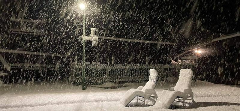 Több mint 10 centi hó hullott Bánkúton