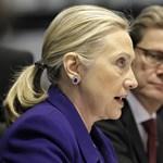 Clinton keményen bírálta Moszkvát, Minszket, Kijevet