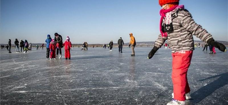 Ingyen korcsolyázhatnak a budapesti gyerekek, itt vannak a részletek