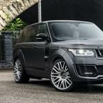 Ez a pár éves Range Rover bármelyik sztárfocista garázsában helyet kaphatna