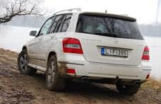 Hatvanezer dízelautót kell visszahívnia a Daimlernek