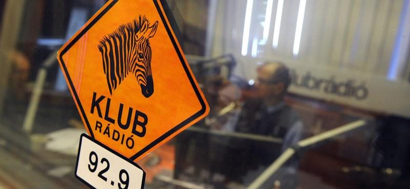 Brüsszel azt akarja, hogy engedjék működni a Klubrádiót