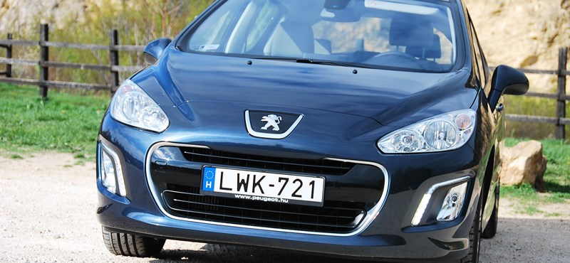 Peugeot 308 e-HDi teszt: 4,8 litert fogyasztott
