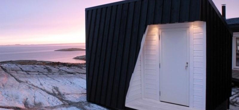 Fantasztikus faház a sziklákon: nyaraló norvég módra