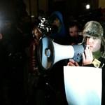 A gimnáziumi igazgatók is a tiltakozó diákok mellé álltak