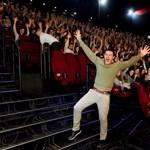 A szépség és a szörnyeteg sztárja, Luke Evans megjelent a budapesti premieren