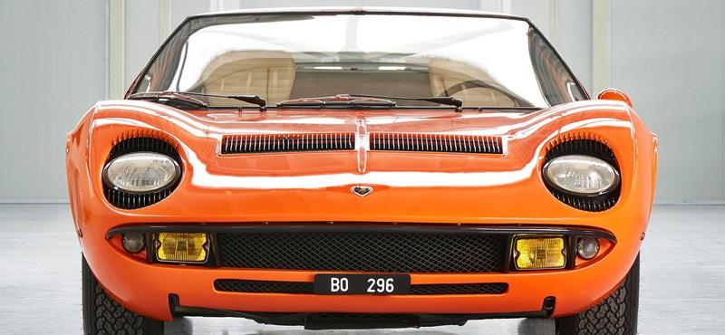 Patika állapotban ragyog az Olasz melóban használt régi Lamborghini