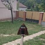 Fotó: Gyurcsány kollégája házi készítésű szelfibottal sokkol