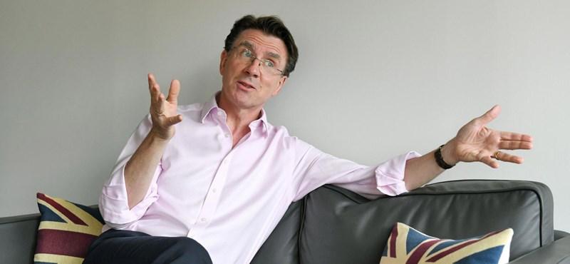 Elhagyja Budapestet Iain Lindsay brit nagykövet