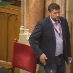 Elengedhette a Fidesz zűrös politikusa kezét