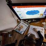 A nap képei: így zajlik a digitális oktatás egy egri iskolában