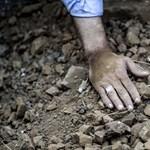 Sok áldozata van egy dél-jemeni öngyilkos merényletnek