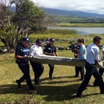 Az eltűnt maláj gép darabjait találták meg Réunionnál