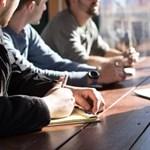 Egy mágikus szó az introvertáltak egyenlő esélyeiért egy extrovertált csapatban