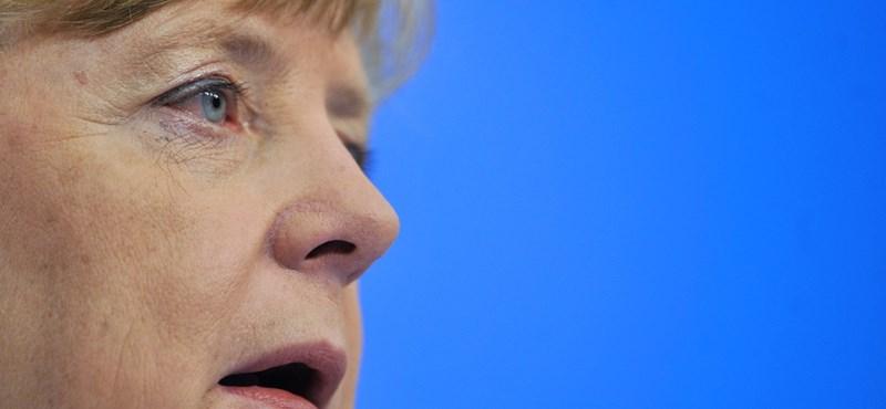Merkel: Rendezetté kell tenni a menekültek bevándorlását