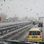 Ilyen hókáosz volt a szlovén és észak-olasz autópályákon – videó