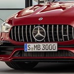 367 lóerős lett a Mercedes leggyengébb Porsche Panamera riválisa