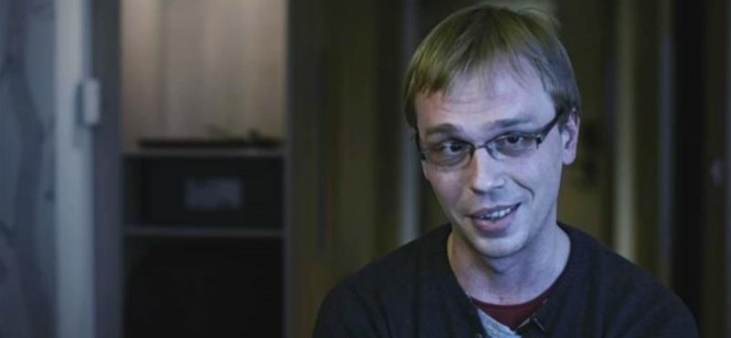 Gyorsan ejtették a vádat a megvert orosz újságíró ellen