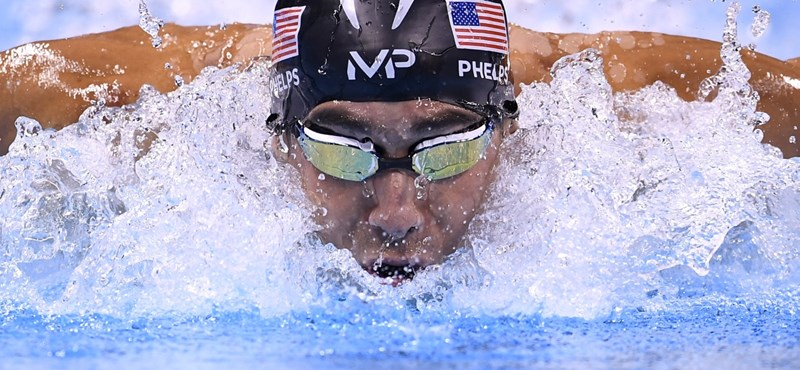 Lochte szerint Phelps csak blöfföl a visszavonulással