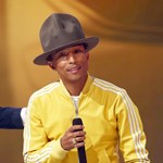 Pharrel Williams fura kalapot árul