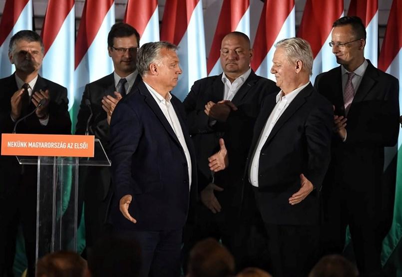 Liget-restart és lefújt vb - miért ilyen engedékeny Orbán?