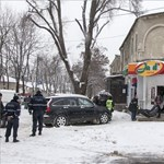 Robbanás volt egy élelmiszerboltnál Moldova fővárosában, ketten meghaltak