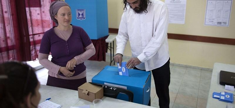 Izrael sorsdöntő választásokra készül, fej-fej mellett a két fő erő