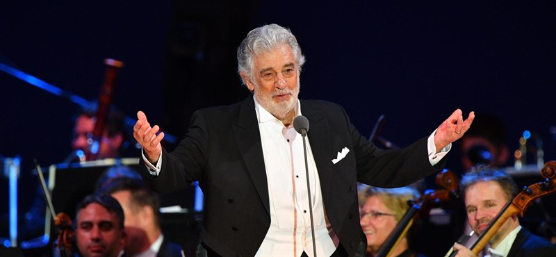 A zaklatással vádolt Plácido Domingo a Los Angeles-i operaházat is otthagyja