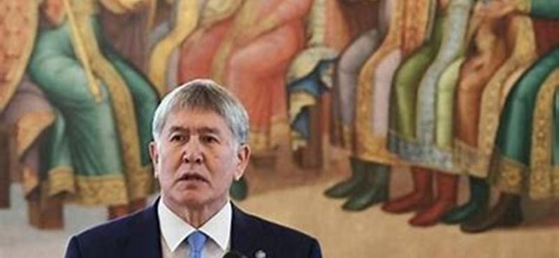 Véres tűzharcba torkollott a volt kirgiz elnök tervezett őrizetbe vétele