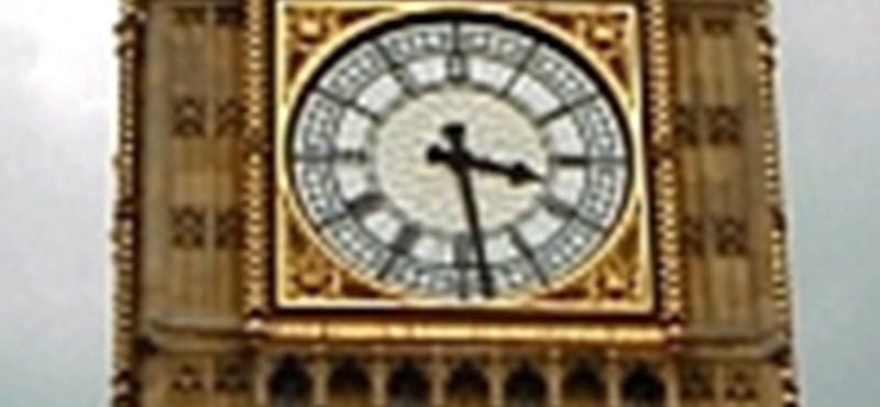 Egyre ferdébb a londoni Big Ben