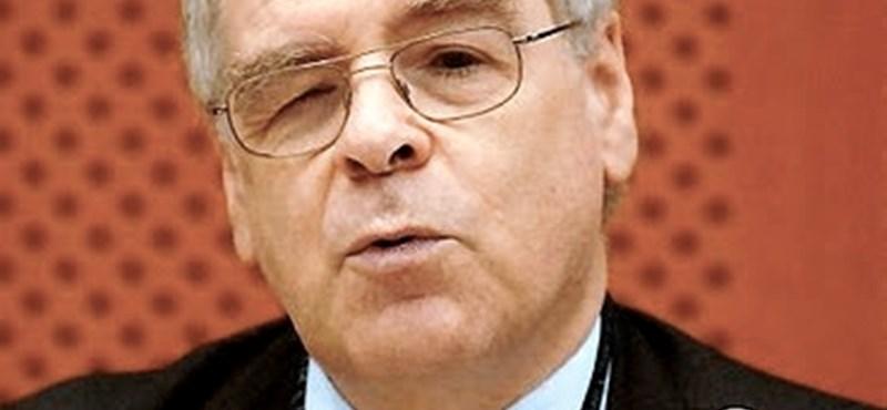 Kiosztotta az EU-t a Fidesz EP-képviselője a kormánykritikák miatt