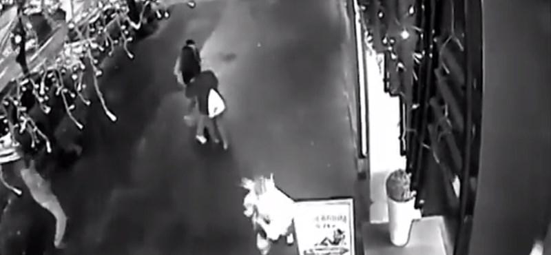 Itt a videó a Teréz körúti robbantásról – 18+