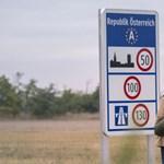 Belenézhetnek ezentúl az osztrák hatóságok a menekültjogot kérelmezők mobiljába