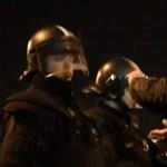 """Így támadták meg a """"szurkolók"""" a rendőröket"""