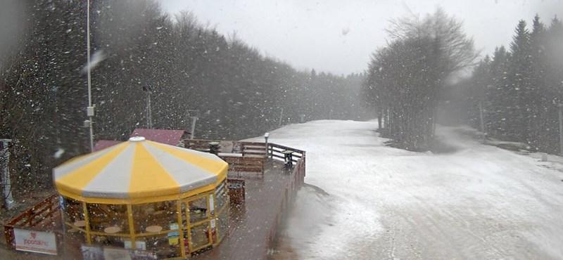 Ez a március sem múlik el havazás nélkül