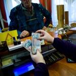 Így veszi el Matolcsy új adója a családi kedvezményt