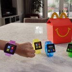 A sajtburesz mellé: új kütyüt csomagol a McDonald's a Happy Mealbe