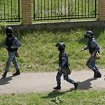 Lövöldözés volt egy oroszországi iskolában, több diák és egy tanár is meghalt