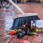Kitakarította a garázst a karantén alatt, történelmi kínai porcelánra bukkant egy férfi