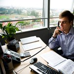 Friss adatok: drasztikusan csökkent a diplomás pályakezdők fizetése